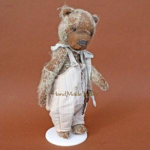 Подставки для кукол и игрушек